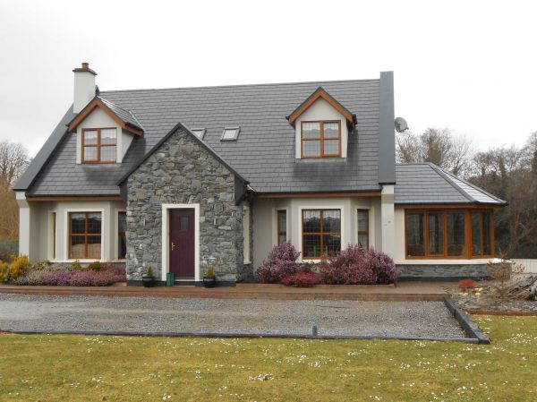 Irish dormer house designs home design and style for Irish farmhouse plans